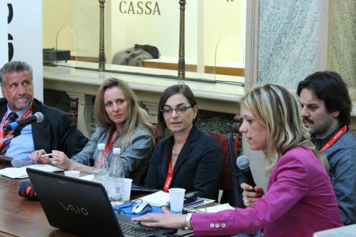 """Festival di giornalismo 2012. """"L'Aquila dimenticata"""""""